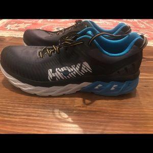 Hoka One One Arahi 2 Running Shoes. Size 14